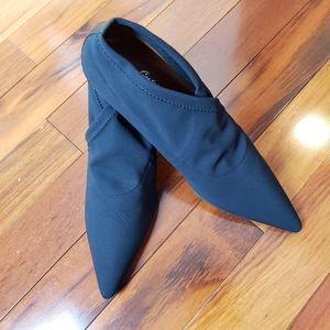 Donald J Pliner Black Fabric Shootie Heel, sz 9.5